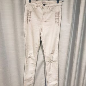 Hollister skinny distressed jeans with embroidery